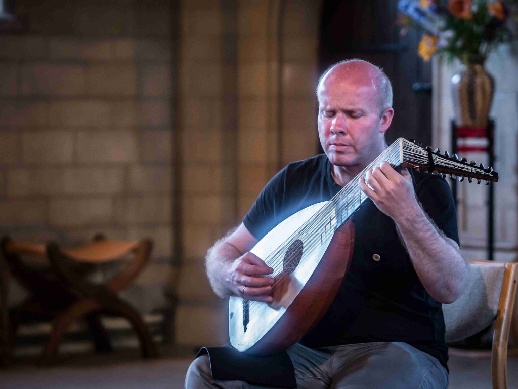 Masters of the Lute – Matthew Wadsworth – Lute & Theorbo @ Wymondham Abbey